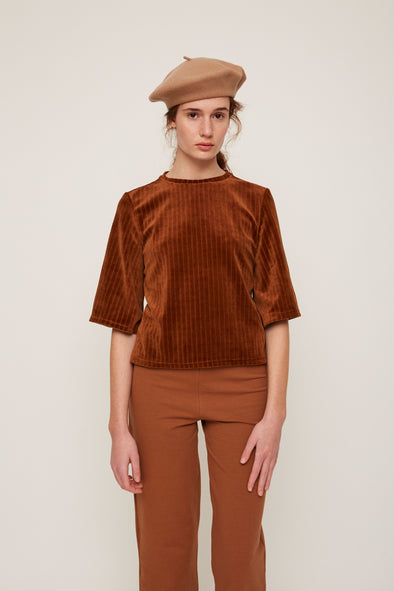 harvestclub-harvest-club-leuven-rita-row-velvet-t-shirt-brown