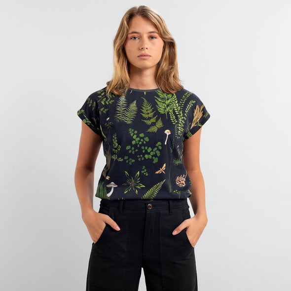 harvestclub-harvest-club-leuven-dedicated-visby-secret-garden-t-shirt-multi