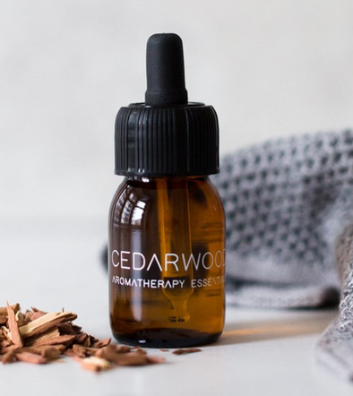 RainPharma Essential Oil • Cedarwood