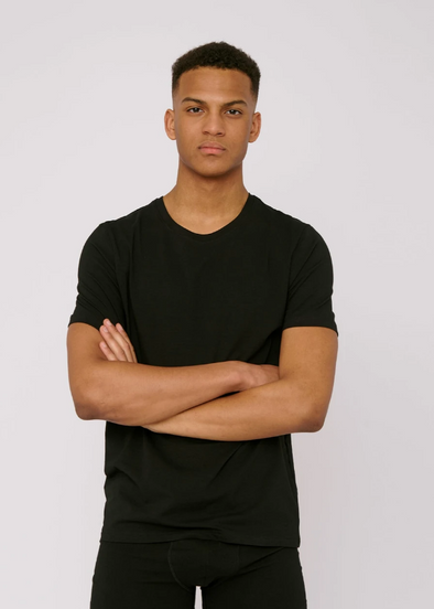 ORGANIC BASICS Organic Cotton T-shirt • Black