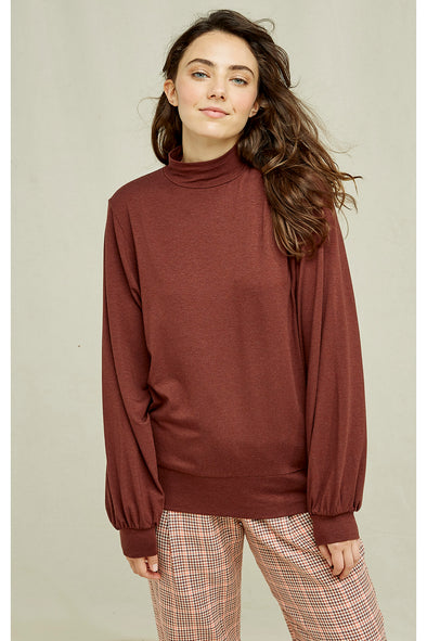 harvestclub-harvest-club-leuven-people-tree-karena-top-brown
