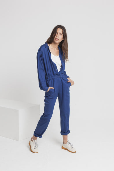 harvestclub-harvest-club-leuven-thinking-mu-tomboy-jumpsuit-blue-marino