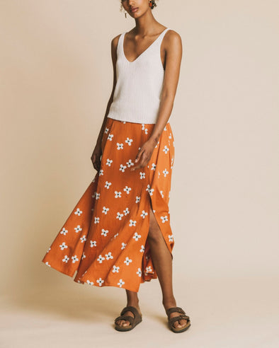 harvestclub-harvest-club-leuven-thinking-mu-flowers-molopo-skirt-terracotta