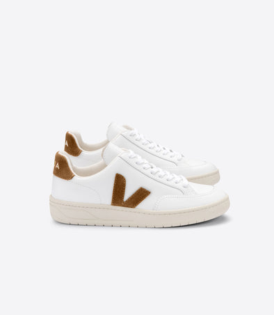 VEJA V-12 • Leather Extra White Camel