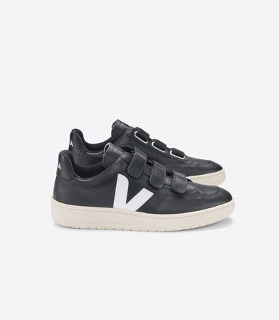 VEJA V-Lock • Leather Black White