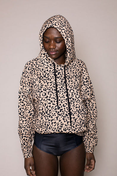 harvestclub-harvest-club-leuven-pop-up-shop-hoodie-aop-leo-creme-black