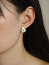 harvestclub-harvest-club-leuven-wolf-and-moon-mini-marina-earrings