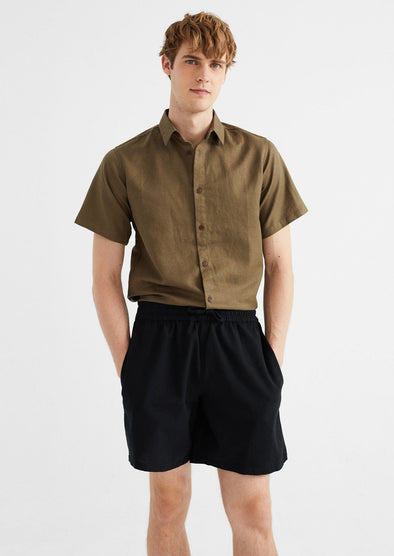 harvestclub-harvest-club-leuven-thinking-mu-henry-short-black