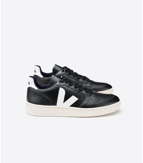VEJA V-10 • Leather Black White