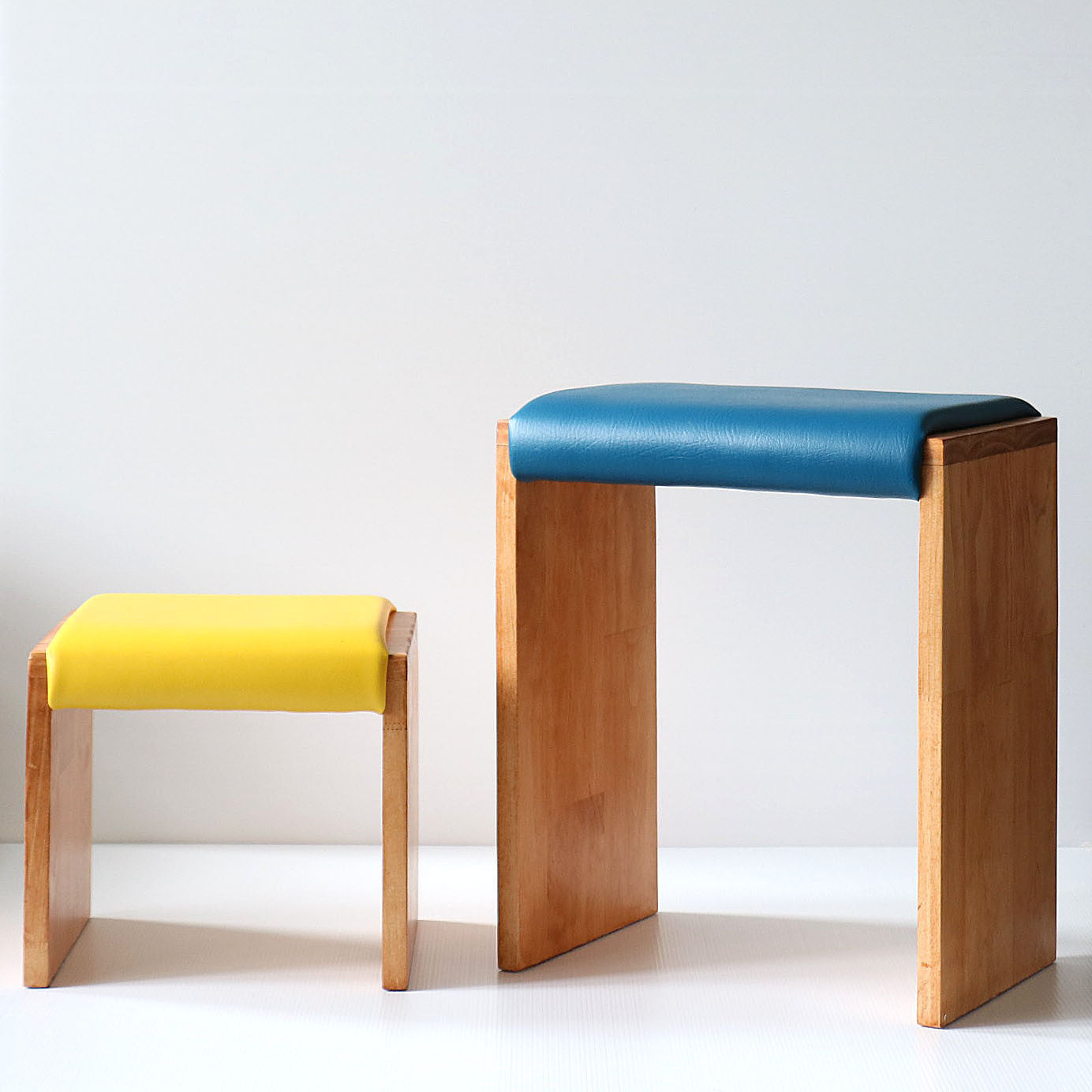Biggy Smalls Wooden Stools