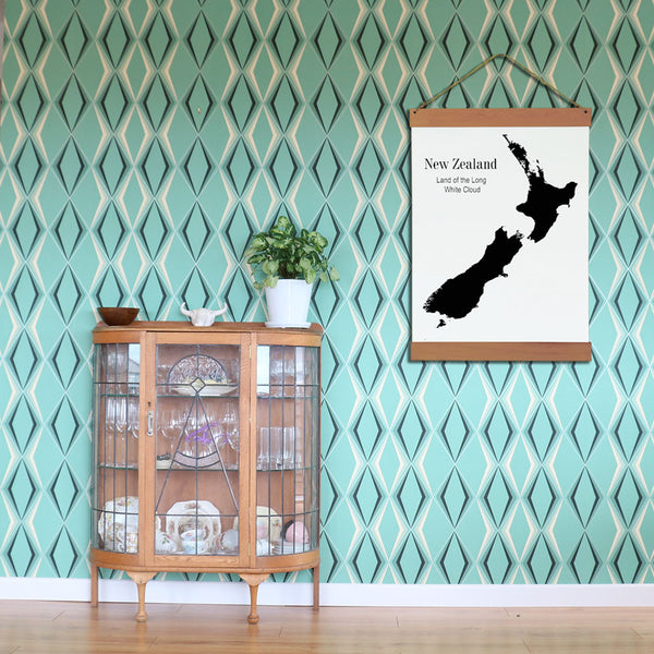NZ Map with Cedar Hanging Bar