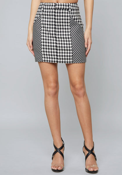 MIXED CHECK MINI SKIRT SKIRT - bebe Arabia