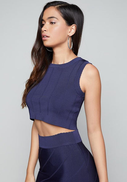 SEAMED LOOK CROP TOP