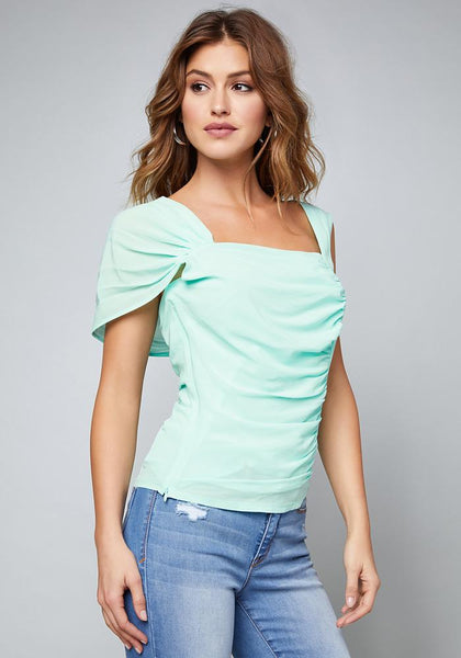 KHIA BLOUSE Bare Wov Top - bebe Arabia