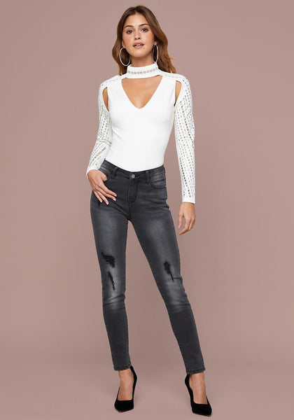 SOPHIE CUTOUT MOCK NECK TOP LONG SLEEVE KNIT TOP - bebe Arabia