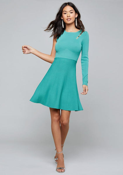 ONE SLEEVE SWEATER DRESS - bebe Arabia