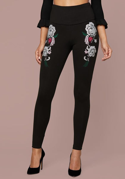 SEQUIN FLORAL LEGGINGS Leggings - bebe Arabia