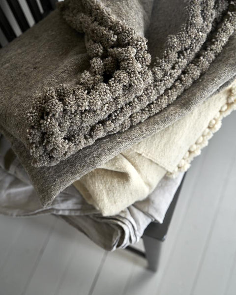 Thick wool throw hand made in Tunisia