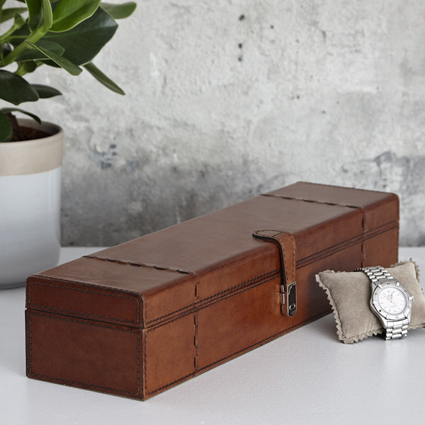 Five watch box with stitch details