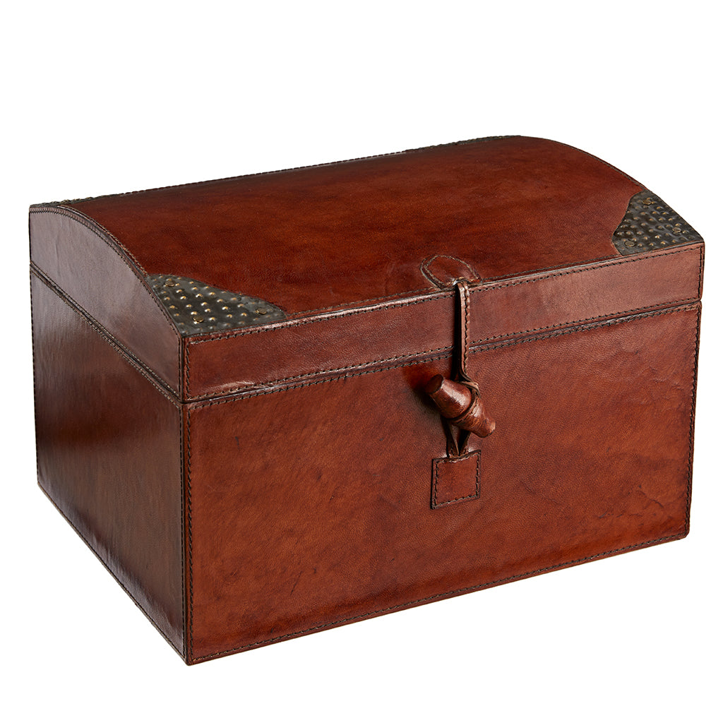 Leather memory box closed