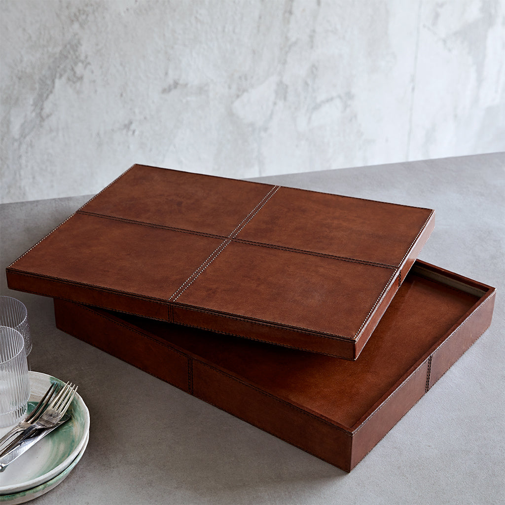 Placemats in a leather box set of eight