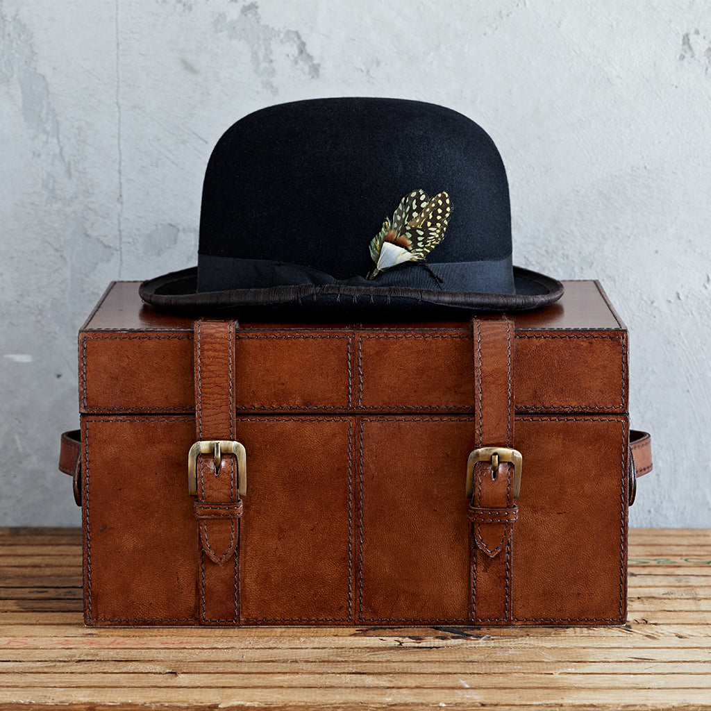 Leather Keepsake Trunk in conker brown
