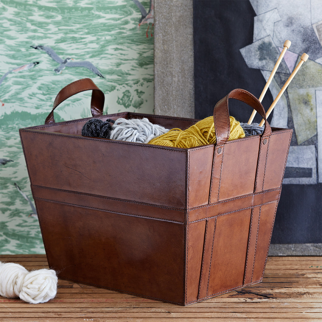 classic storage basket in conker brown