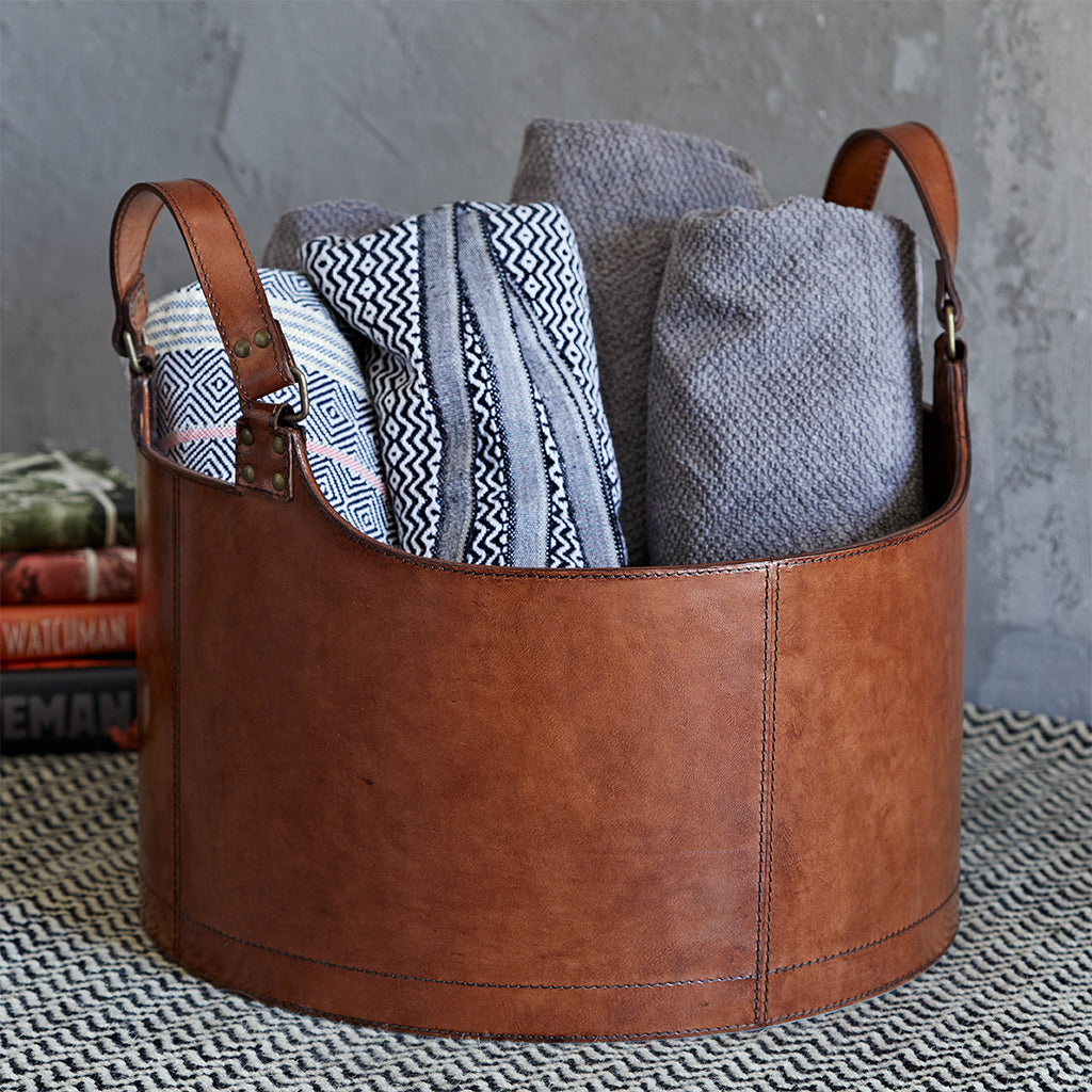 Round storage basket with two handles