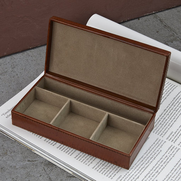 Cufflink box with 4 sections