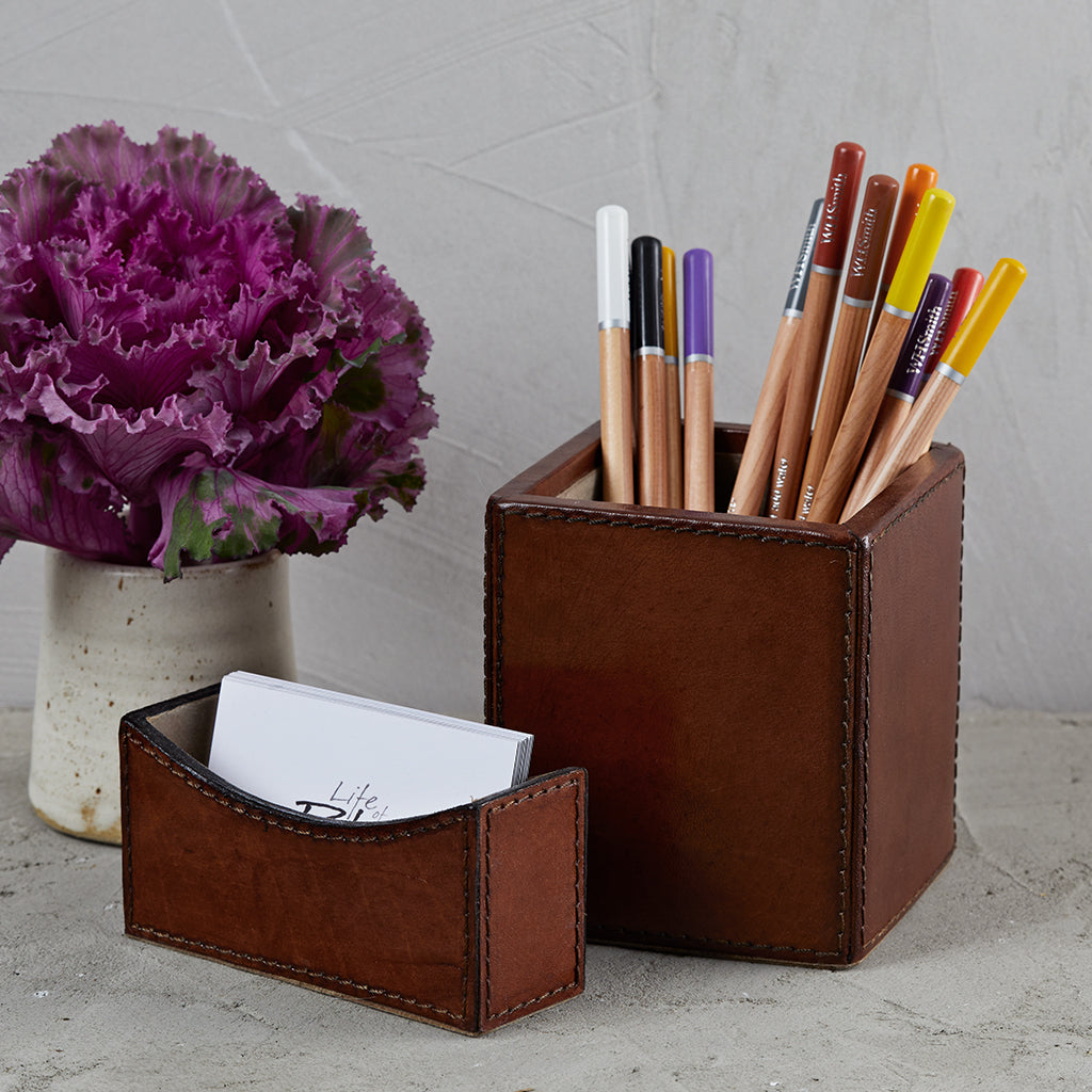 Conker business card holder with square pen pot