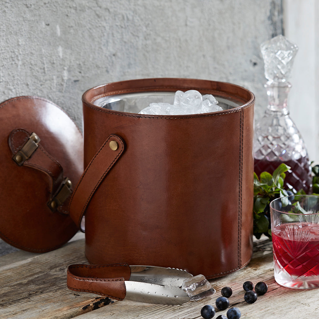 conker leather ice bucket with tongs