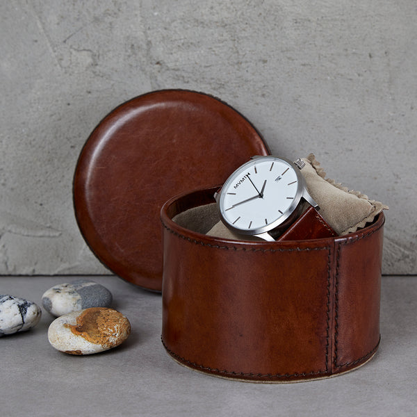 Round leather watch box in conker brown