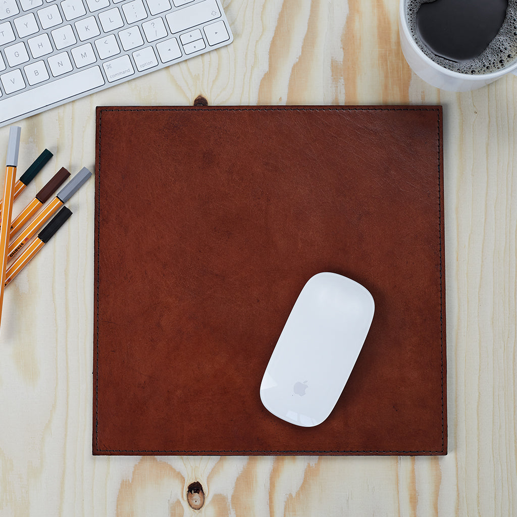 Conker leather mouse mat