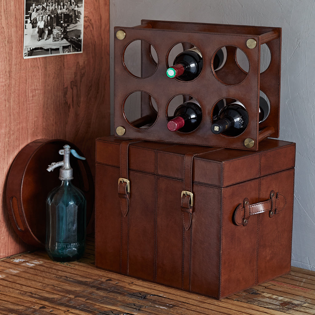 leather wine bottle trunk