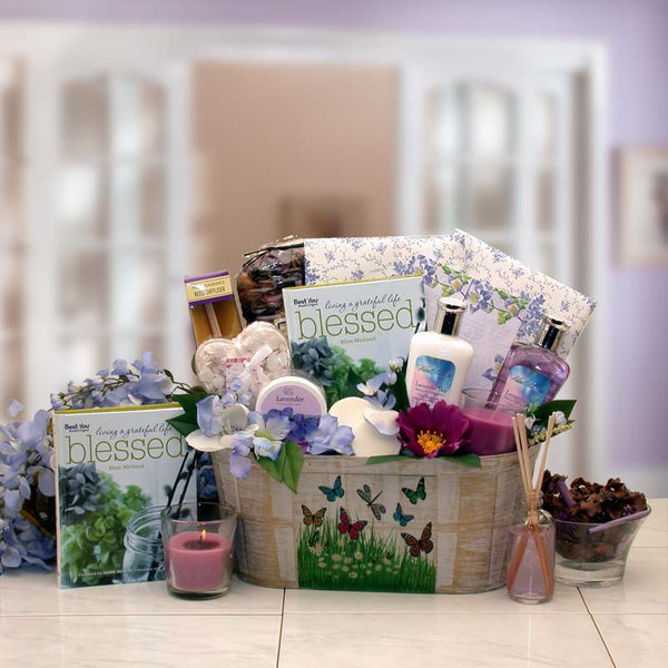So Serene Spa Essentials Gift Set with book (Med)