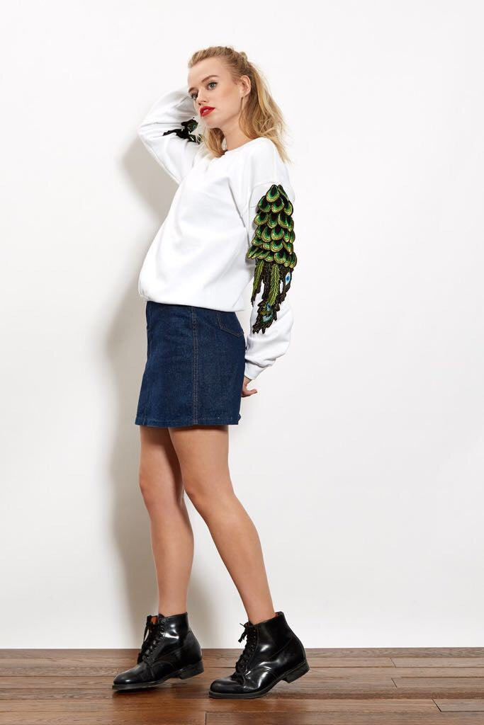 Ragyard - Peacock Sweatshirt in white