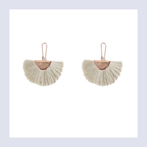 Summer tassel earings - rose/beige