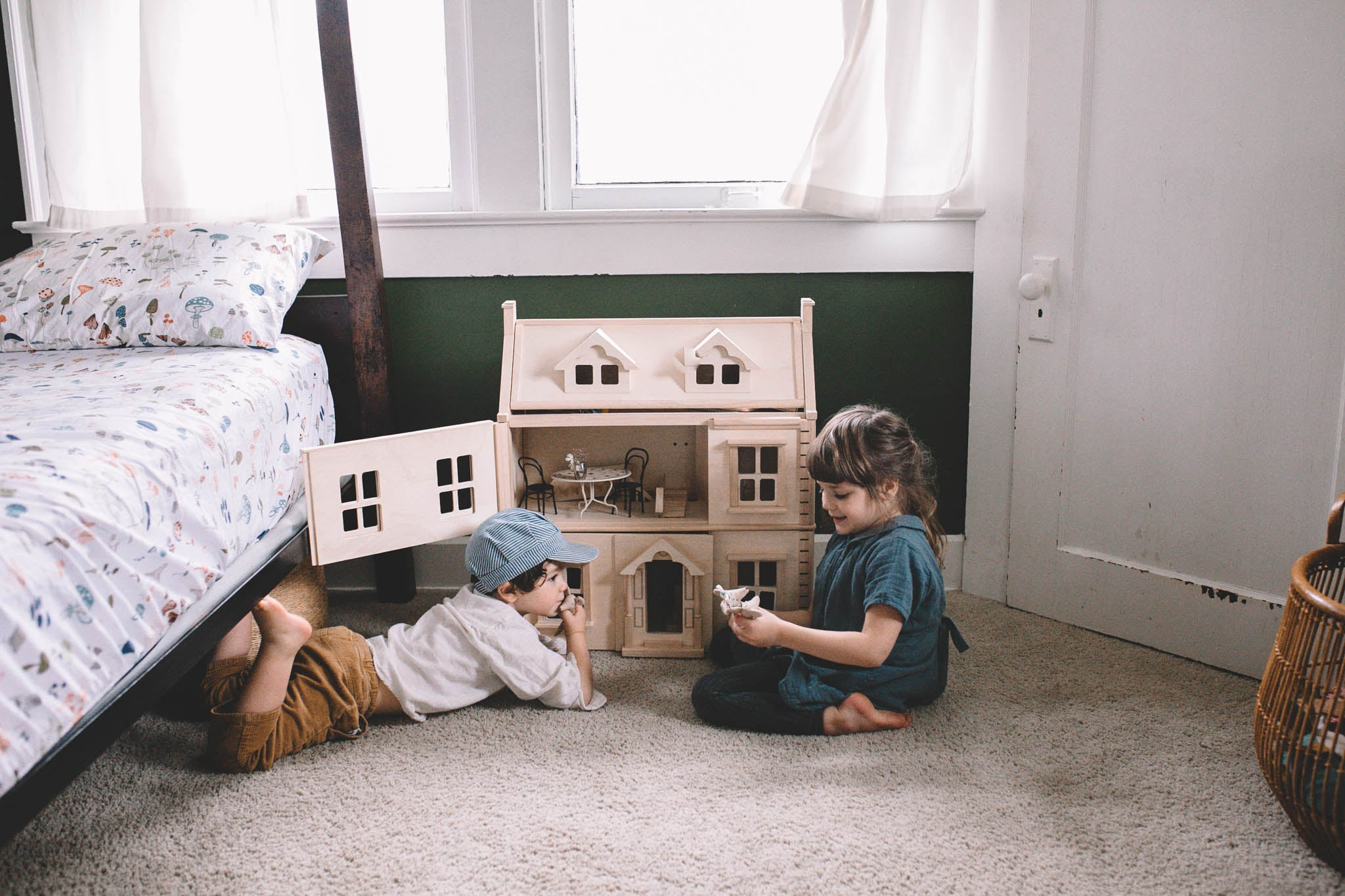Plan toys Victorian doll's house