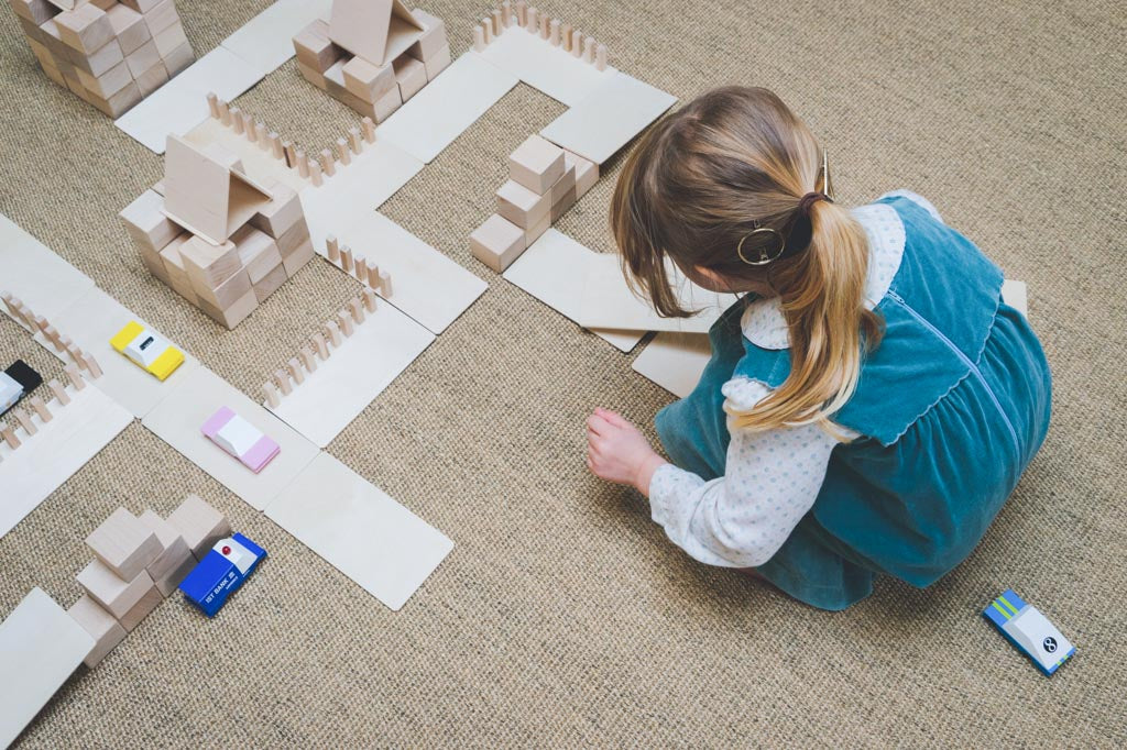Developing self-efficacy through independent play