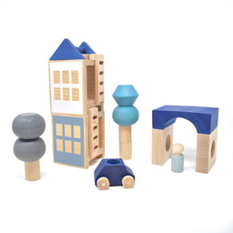 LUBULONA Wooden Car With Play Figure [blue]