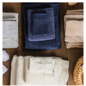 CB Station Luxury 8 Piece Towel Set