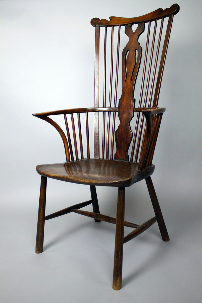 Super late 18th century comb back Windsor chair