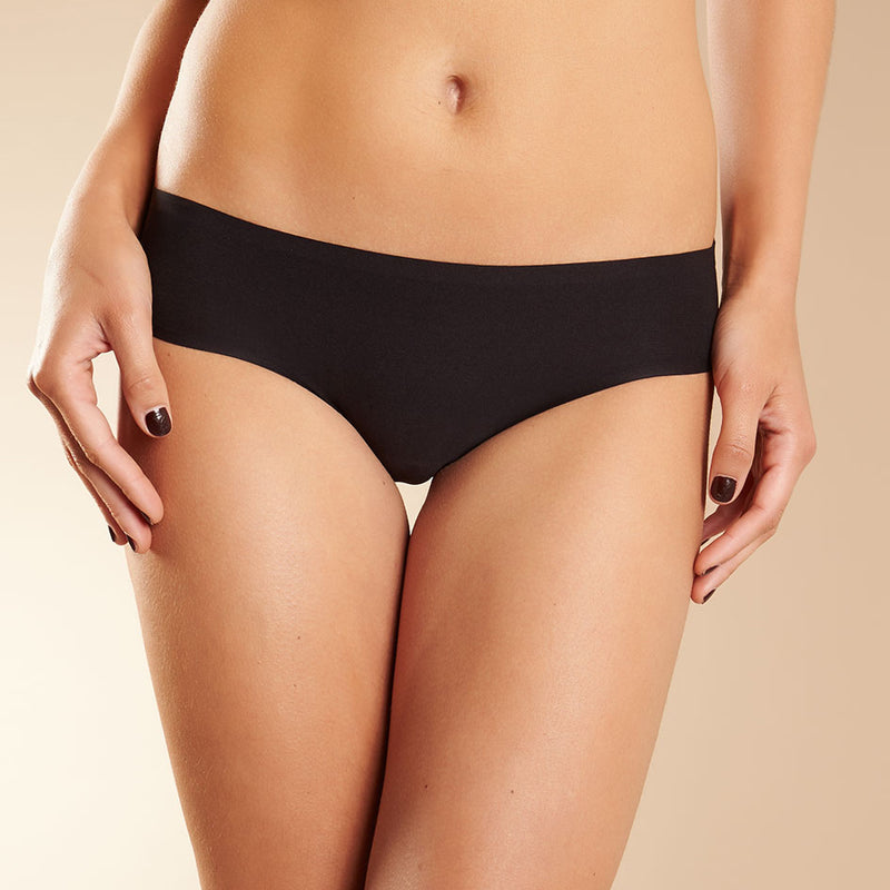 Chantelle Soft Stretch brief | SHEEN UNCOVERED, Black