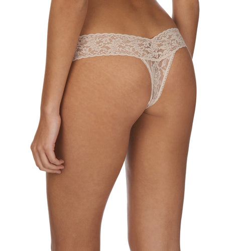 Low rise thong, Nude