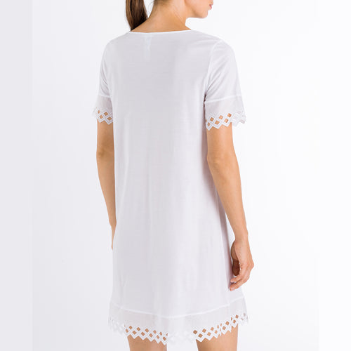 Hanro Bella Short Sleeve Nightdress 076573 0101 | SHEEN UNCOVERED