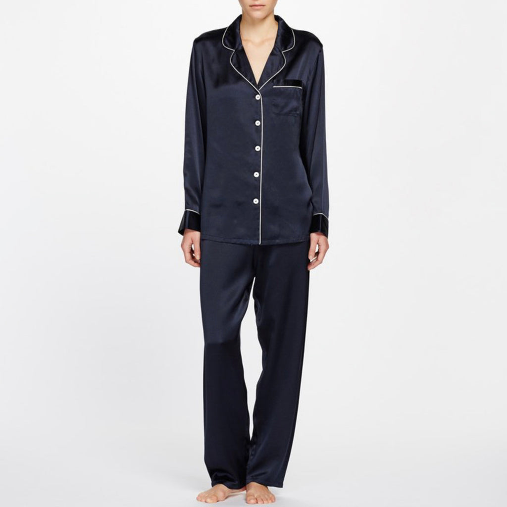 Classic Silk Pyjama with delicate contrast piping