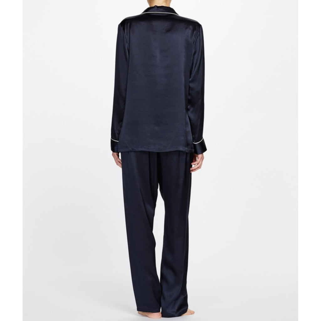 Classic Silk Pyjama with delicate contrast piping back