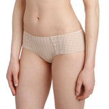 Avero shorty, Nude