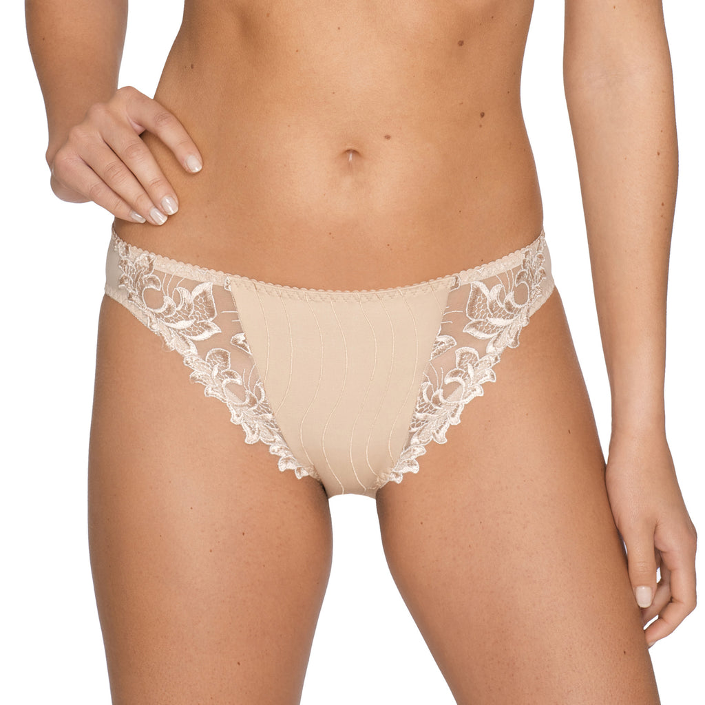 Deauville brief, Nude