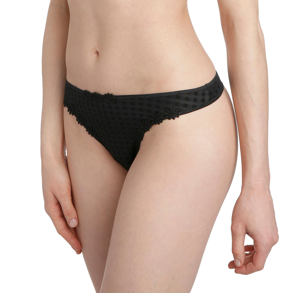 Avero thong, Black
